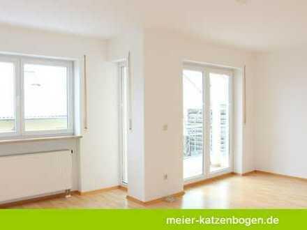 Frisch renovierte Doppelhaushälfte mit Küche in Hepberg