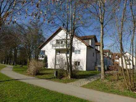Gepflegte 3,5-Zimmer-DG-Wohnung mit Balkon in Kißlegg