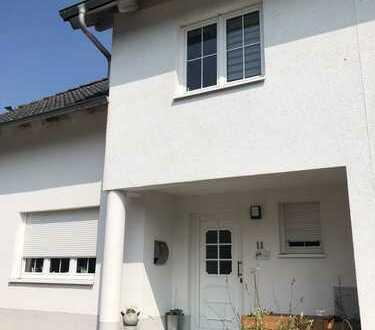 Schönes, geräumiges Haus mit vier Zimmern und ausgebautem Dachboden in Laasdorf