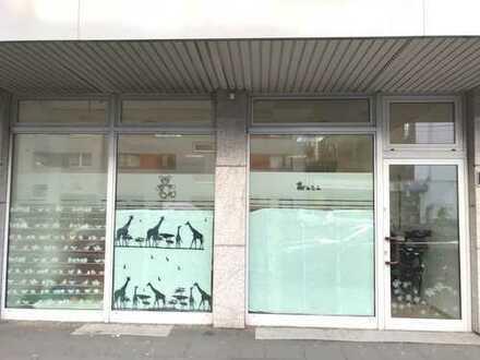 TOP Ladenlokal / Büro in guter Sichtlage Neu-Ehrenfeld - solide vermietet!