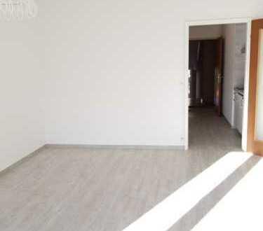 Erstbezug nach Sanierung mit neuer Einbauküche: stilvolle 1-Zimmer-Wohnung in Villingen-Schwenningen