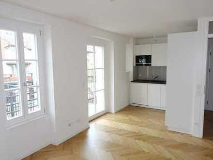 Altstadt / Erstbezug: aufwändig sanierte 3-Zimmer-Wohnung mit Altbauflair