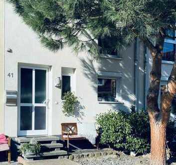 Neuwertiges 4-Zimmer-Reihenhaus mit EBK in Reilingen, Reilingen