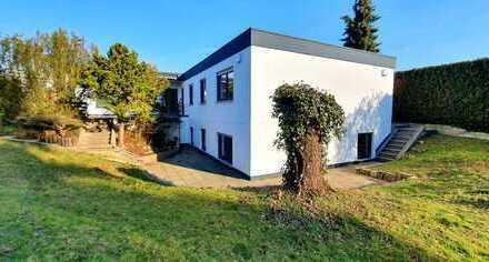 TOP Bungalow in Memmelsdorf, Lichteneiche / 253 qm / 8 Zimmer mit großzügiger sonniger Terrasse