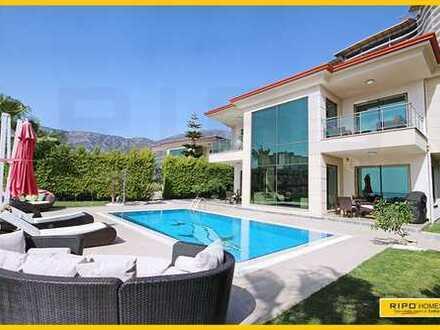 Sehr exklusive Villa mit privater Garage in Kargicak-Alanya!
