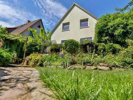Zuhause im Urlaub: Neuwertiges EFH mit schönem Garten und Ausbaupotenzial in Putbus auf Rügen