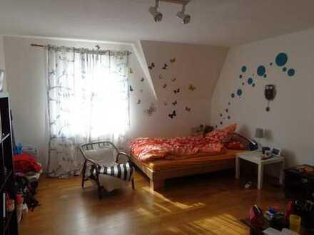 23m² Zimmer in netter 3er WG im Zentrum Weimars
