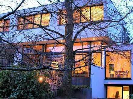 Villa mit klarer Formsprache in Bestlage Dreieich - Götzenhain