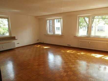 Große und helle 4-Raum-Wohnung im gepflegten Haus | in zentraler Lage von Meiderich
