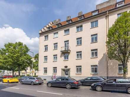 Perfekte Stadtwohnung mit 4 hellen Zimmern, 2 Bädern, 2 Loggien und Hofgarten. In Aachen.