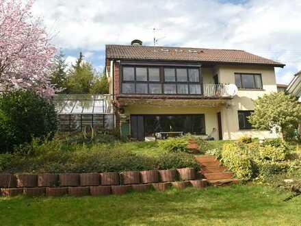 Mit 360°-Tour! Traumblick! Freistehendes 1-2 Familienhaus mit ELW in Marxzell-Burbach