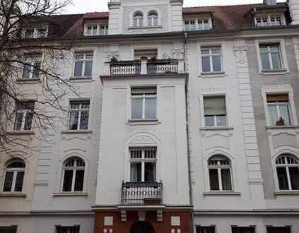 *Sanierte Altbauwohnung im beliebten Martinsviertel von Darmstadt * ERSTBEZUG