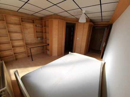 helles, frisch renoviertes Zimmer nähe FH in 4´er WG