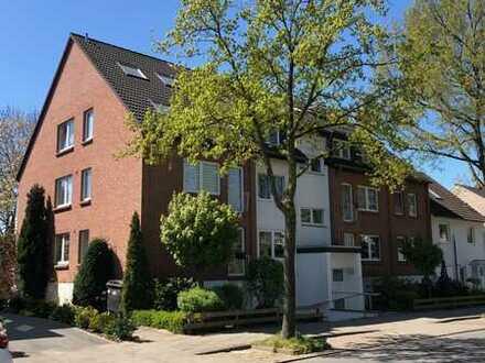 3 Zimmer Wohnung mit Balkon und Einbauküche