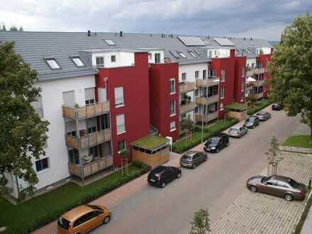 3-Zi Dachwohnung mit Einbauküche und Tageslichtbad, 2 Balkone