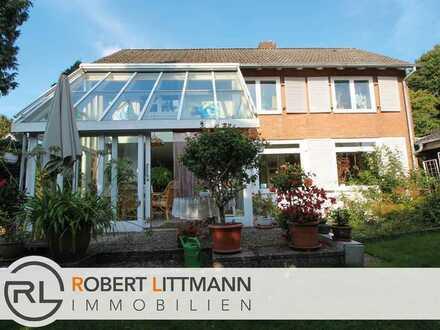 Freistehendes Einfamilienhaus mit schönem Wintergarten in Oldenburg