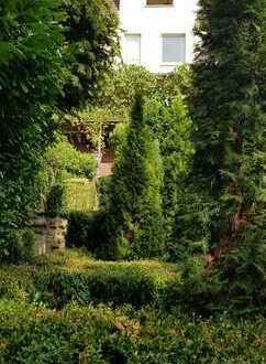 Zweifamilienhaus in ruhiger Lage im grünen mit toller Aussicht