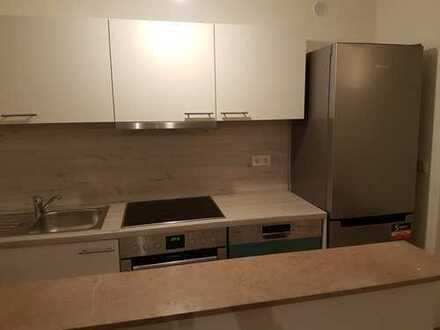 Erstbezug nach Sanierung: exklusive 1-Zimmer-Wohnung mit EBK und Balkon in Köln - Weidenpesch