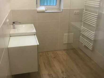 Erstbezug nach Sanierung mit Balkon: attraktive 2-Zimmer-Wohnung