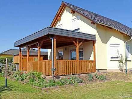 Neuwertiges Einfamilienhaus in absoluter Top-Wohnlage von Weinböhla