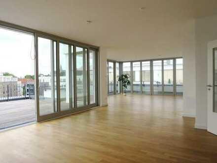 Ein Highlight für VIP`s! Repräsentatives Penthouse (ca.173 m²) mit Blick auf den Kettwiger Stausee