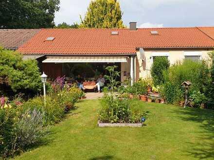 Haus im Grünen mit großem Garten (uneinsehbar), in beliebter Wohngegend