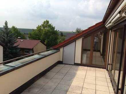 Loggia mit Aussicht und helle 4,5-Zimmer DG Wohnung Lauffen Heilbronn (Kreis)