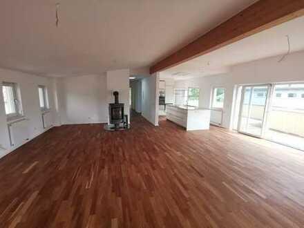 Traumhaft schöne, sonnige Penthouse Wohnung mit Lift und Tiefgarage