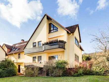 Exklusive, modernisierte 5-Zimmer-Maisonette-Wohnung mit 2 Balkone und Einbauküche in Dillingen