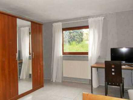 Gästezimmer, 15 m² mit TV, WLAN und Teilung Bad mit Kochecke und seperatem WC, ab 1 Monat
