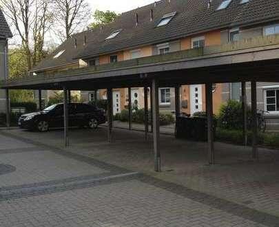 Vermietung: Überdachter Stellplatz in Carportanlage in der Nernststraße in Horn!