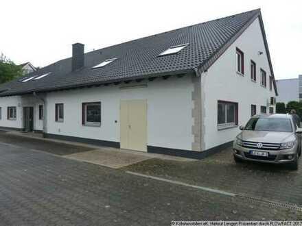 LEER + FREI-stehender Büro-Gewerbe-Komplex auf ca. 1.050 m² Grundstück in Leverkusen-Quettingen