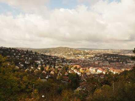 Stadtvilla mit herrlicher Panoramaaussicht und großem Grundstück