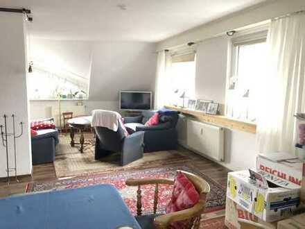 ***Dortmund-Hombruch-Gepflegte 3 Zimmerwohnung mit gr. Westbalkon, Duschbad & neuen Böden***