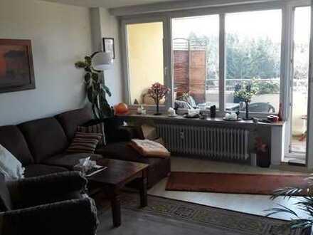 Lichtdurchflutete 3-Zimmer-Wohnung mit 2 Balkonen in ruhiger Lage