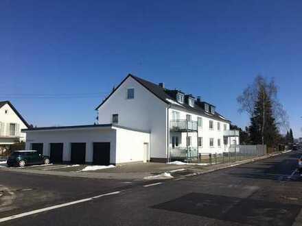 Charmante, vollständig renovierte 2-Zimmer-DG-Wohnung zur Miete in Kissing