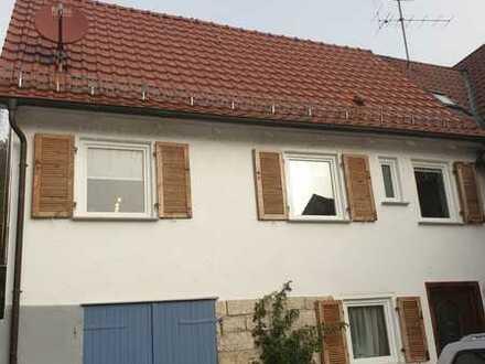 Vollständig renovierte 3-Zimmer-Doppelhaushälfte mit EBK in Reichenbach an der Fils, Reichenbach
