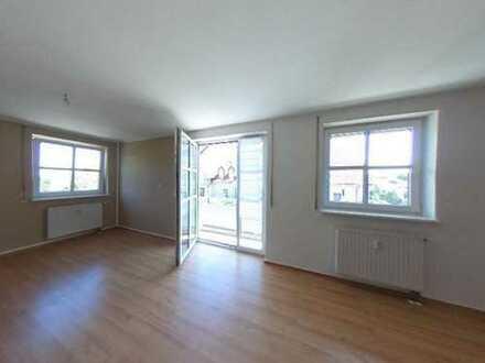 ++ Attraktive Wohnung in Erfurt-Marbach + vermietet + 3 Balkone + Tiefgarage ++