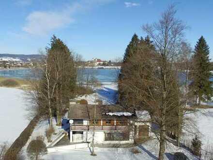 Schlehdorf: Im privaten Bieterverfahren - Einfamilienhaus mit Seezugang am Kochelsee