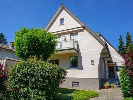 Ein- bis Zweifamilienhaus mit Blick ins Grüne