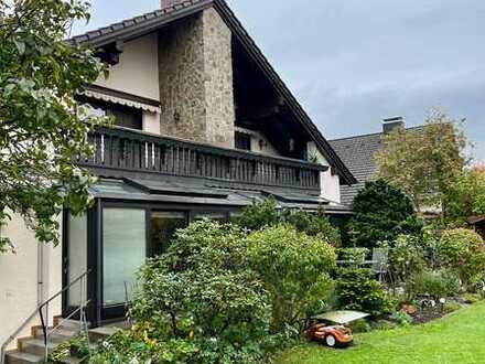 Großzügige-Dachgeschosswohnung zur Miete in Diespeck (ruhige Lage) - Gartenpflege gewünscht