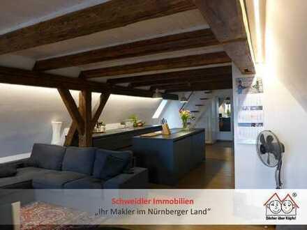 Wohnen & Arbeiten o. auf Zeit? Möblierte Design-Wohnung am Laufer Marktplatz zur All-Incl.-Miete