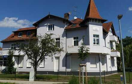 helle und morderne 2 Zimmerwohnung in repräsentativer Gründerzeitvilla