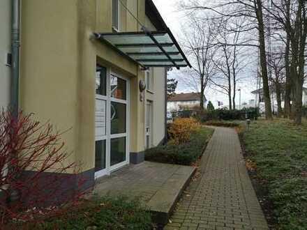 Schöne Erdgeschosswohnung mit eigenem Gartenanteil zu vermieten