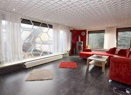 Gepflegtes Wohnhaus nebst Halle mit 900m² in Braunschweig-Wenden.