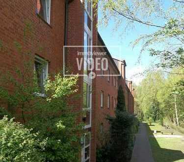3-Zimmer-Dachgeschoss-Wohnung mit Dachterrasse und Blick ins Grüne