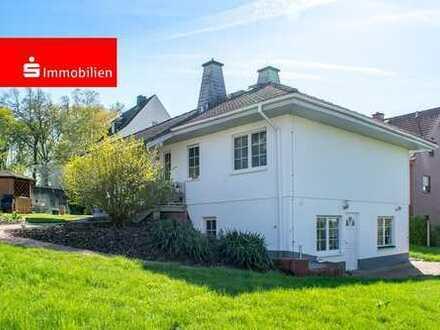 Einfamilienhaus mit Einliegerwohnung in Bad Camberg. Ideal für Familien und Hundebesitzer!