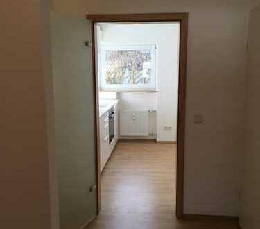 Erstbezug nach Sanierung: schöne 3-Zimmer-Wohnung mit Einbauküche und Balkon in Ravensburg