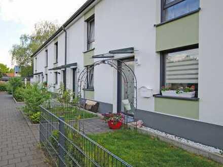 Modernes, neues Reihenhaus in Hamburg- Harburg, zentral und ruhig gelegen