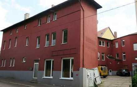Schöne 5 Zi-Wohnung mit Laminat, 2 Bäder (Wanne+Dusche) im Giebichensteinviertel